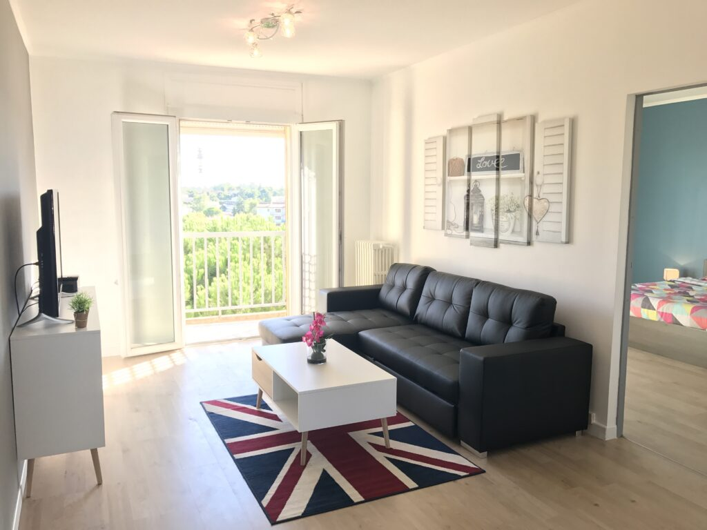 BrightWave Capital - Rental Project in Montpellier France - Living Room